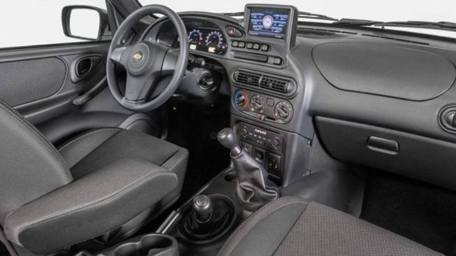 Chevrolet Niva - interior