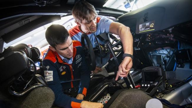 Hyundai valora crear un segundo equipo para Breen y Mikkelsen en el WRC