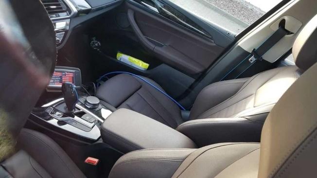 BMW iX3 - foto espía interior