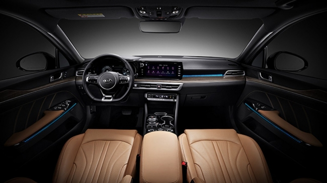 Kia K5 2020 - interior