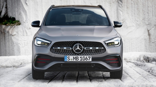 Mercedes GLA 2020 - frontal
