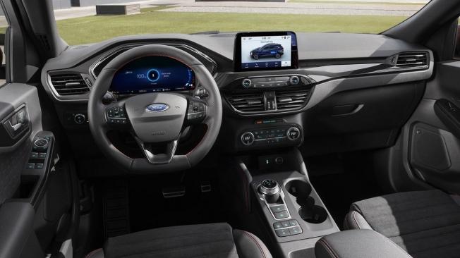 Ford Kuga 2020 - interior