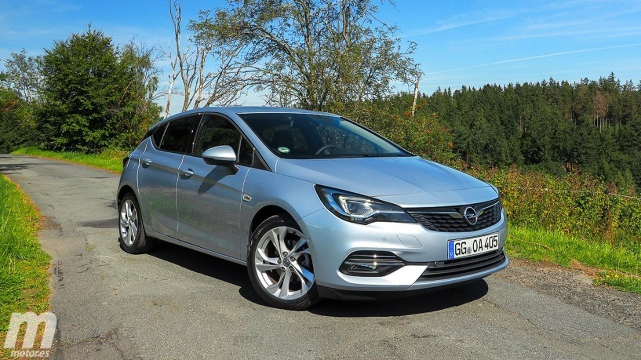 La gama del nuevo Opel Astra se enriquece con el acabado 2020