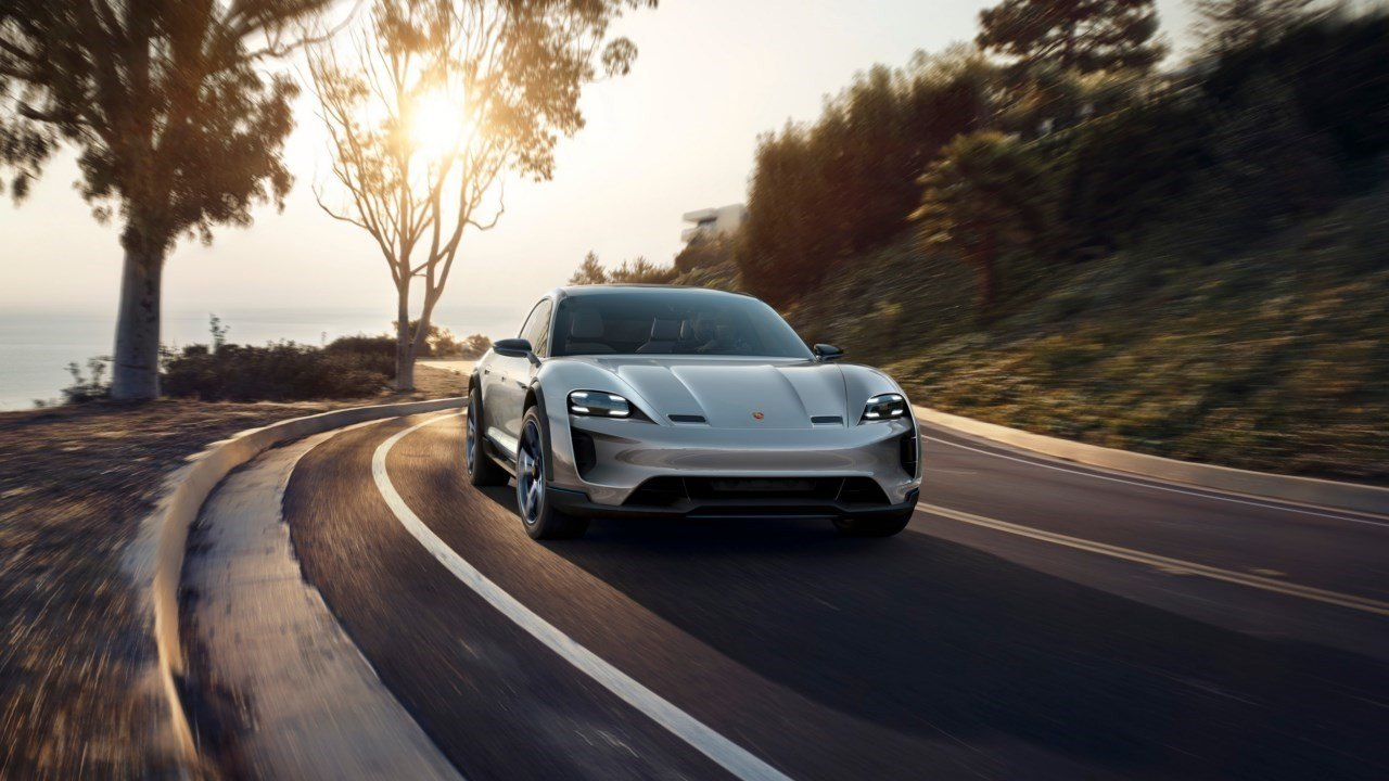 Porsche desarrolla una nueva tracción total para eléctricos con cuatro motores