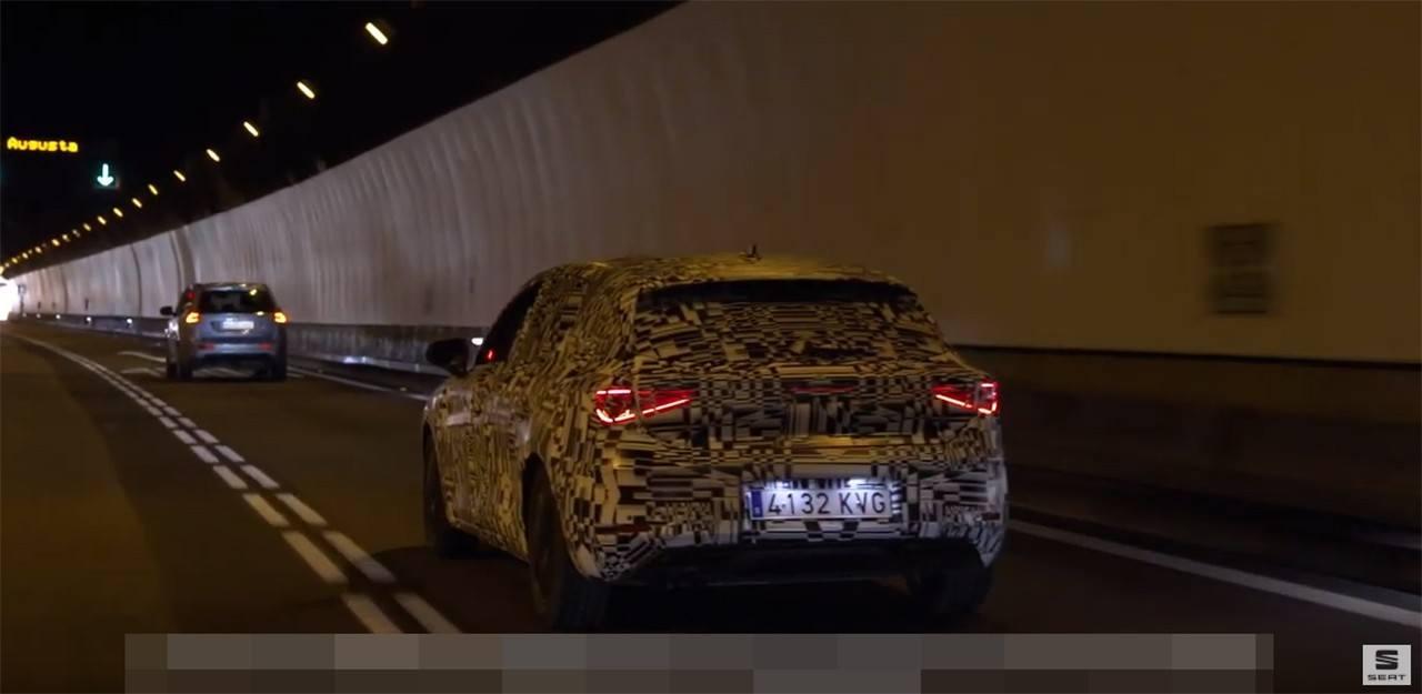 El nuevo SEAT León 2020 contará con un asistente de comunicación con semáforos