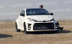 Cazado el nuevo Toyota GR Yaris totalmente libre de camuflaje