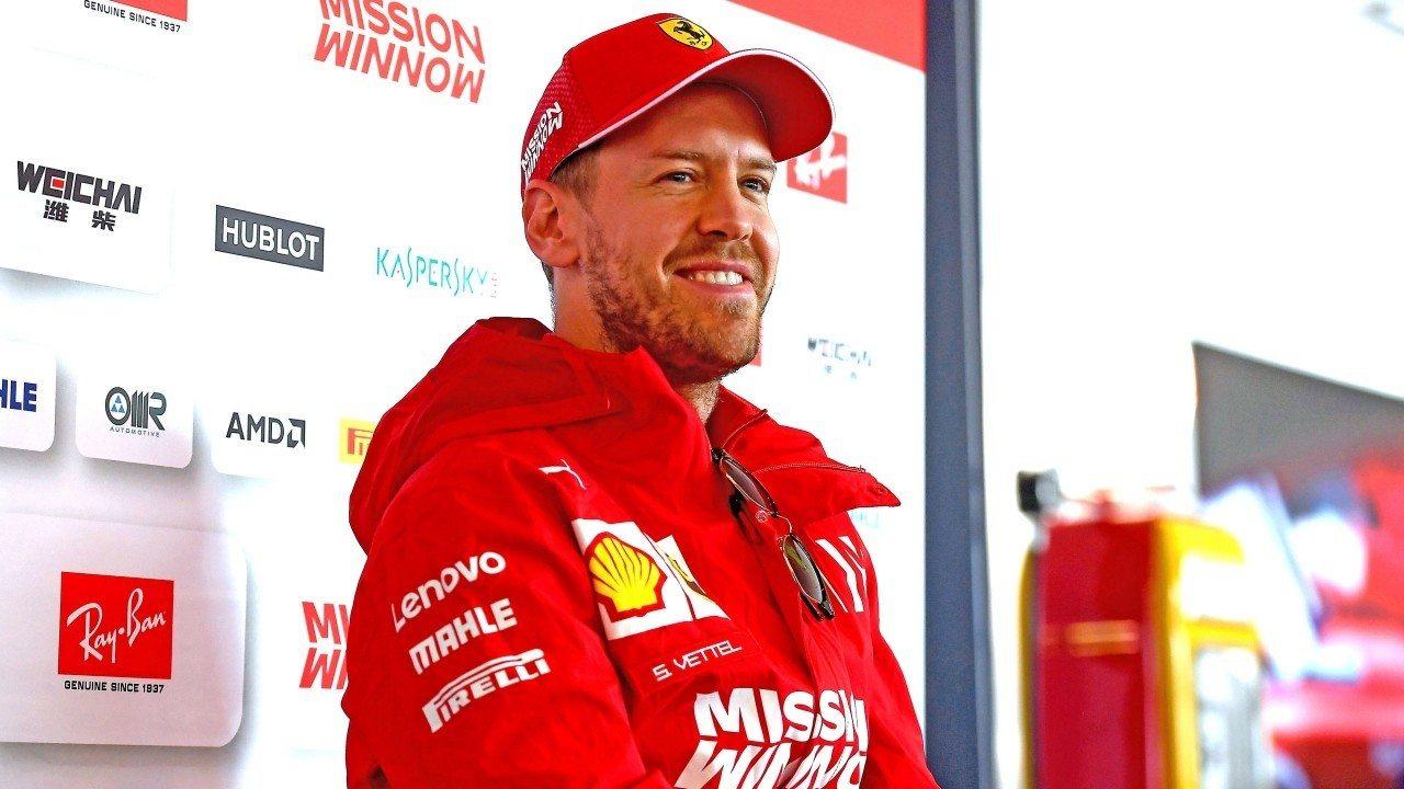 """Vettel se toma a broma los rumores de su retirada: """"Ustedes saben más que yo"""""""