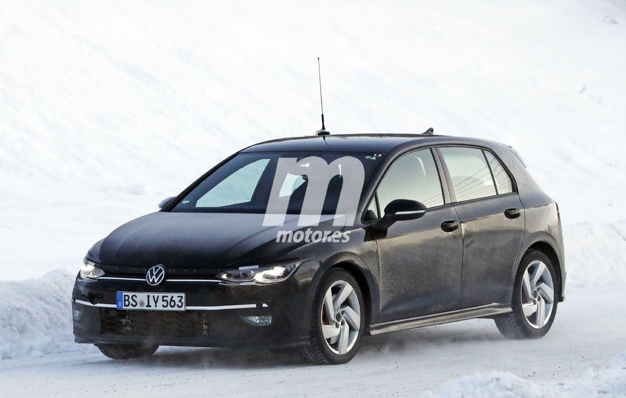 La nueva generación del Volkswagen Golf GTI sigue de pruebas en el norte de Suecia