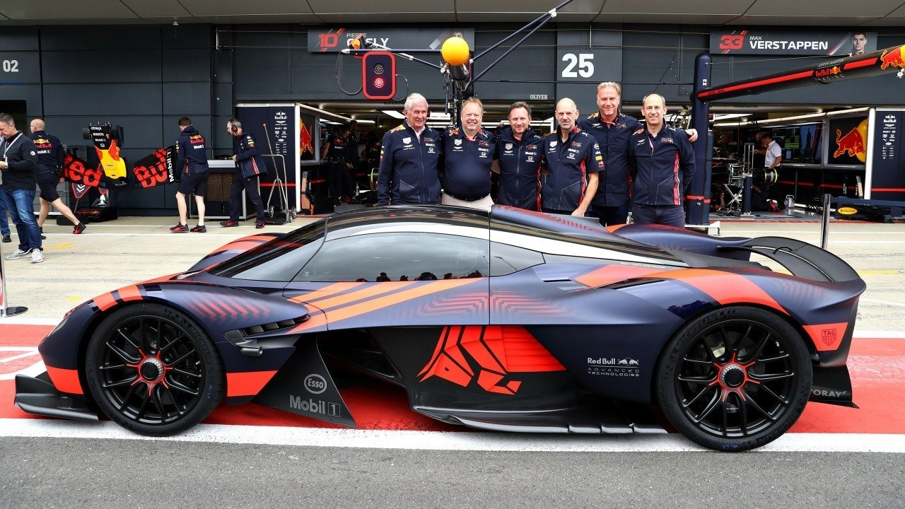 Aston Martin dejará de patrocinar a Red Bull a final de año, pero el Valkyrie no peligra