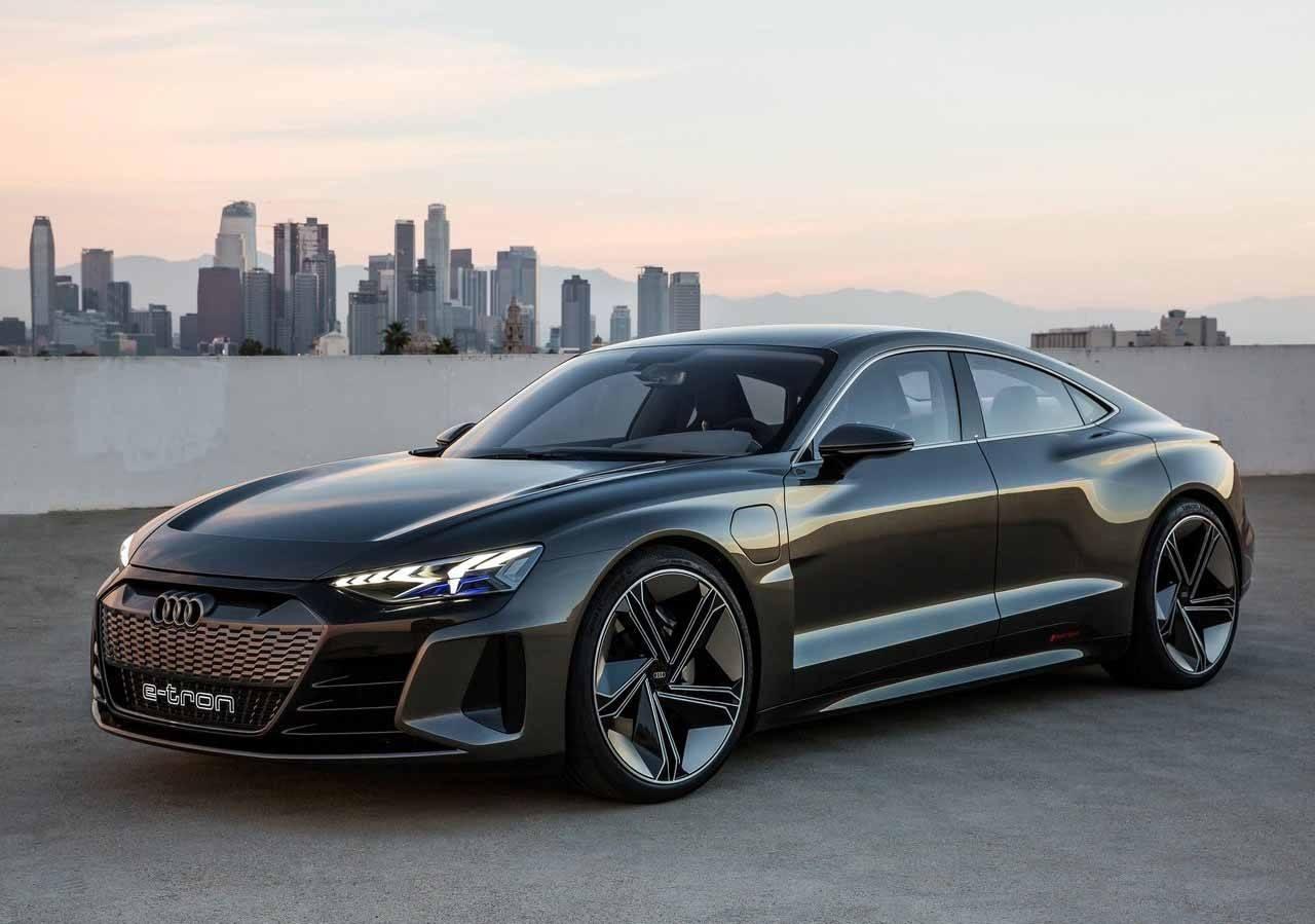 Audi Sport se lanzará a los eléctricos con el RS 4 híbrido enchufable y otros
