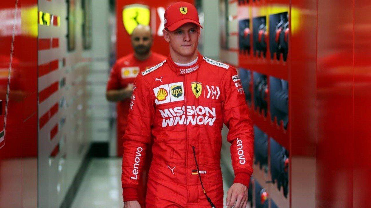 Binotto: «Mick Schumacher es candidato a la F1, pero aún no sé si para Ferrari»