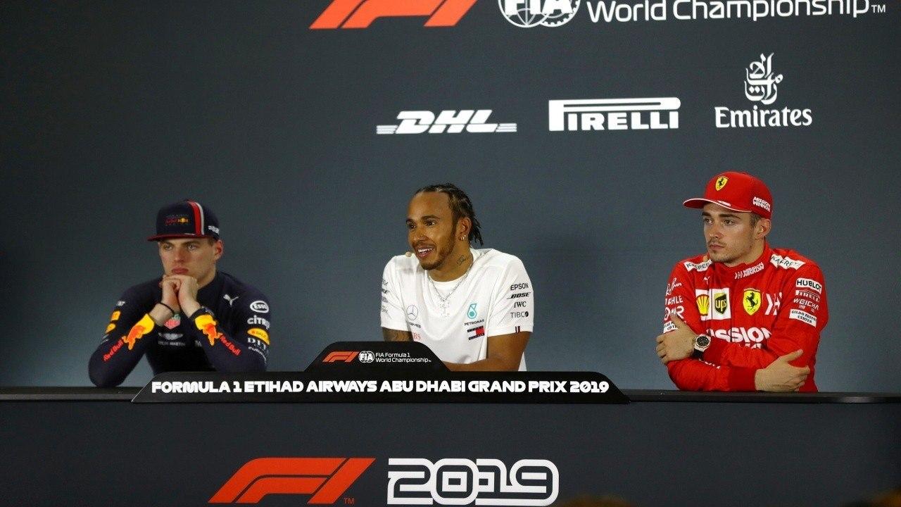 Los contactos de Hamilton con Ferrari causaron la renovación de Verstappen