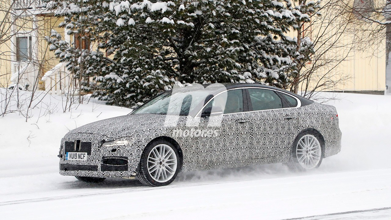 2020 Jaguar XF Restyling 23