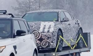 Primeras fotos espía del Jaguar XJ Eléctrico en las pruebas de invierno