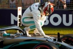 Hamilton niega haberle pedido 55 millones anuales a Mercedes