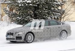 El nuevo Jaguar XF 2020 se enfrenta al frío y la nieve en el norte de Europa