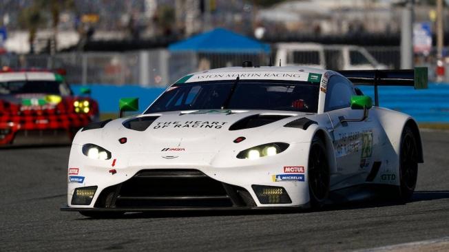 Álex Riberas será piloto de Aston Martin Racing en el IMSA