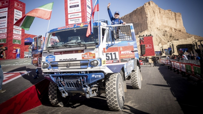 Andrey Karginov 'estira' el reinado de Kamaz entre los camiones del Dakar