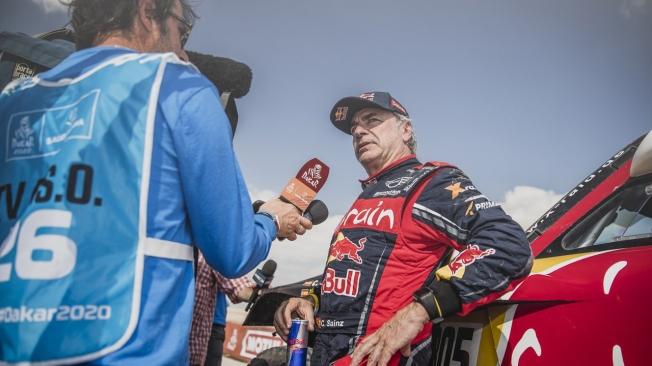Brabec y Sainz acarician el Dakar con sus dedos tras la undécima etapa