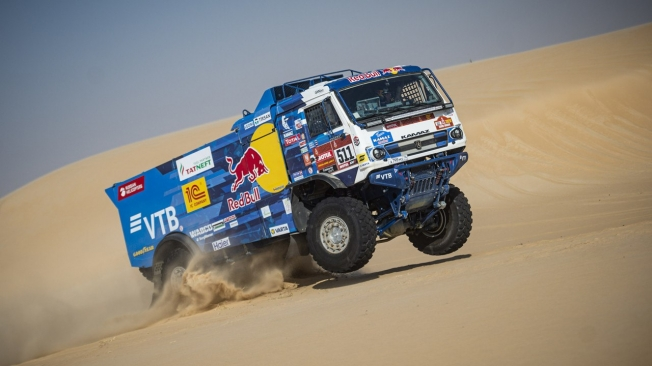 Carlos Sainz gana su tercer Dakar en coches a los 57 años