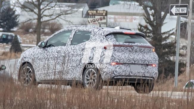 Chevrolet Bolt EUV - foto espía posterior