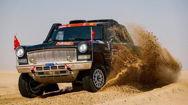 El Dakar pone fin a su etapa maratón entre dunas y terreno fuera pista