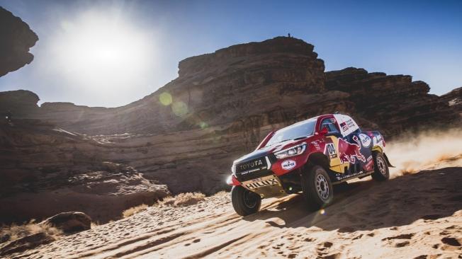 Las dunas, grandes aliadas de Toyota y Alonso contra su mal endémico
