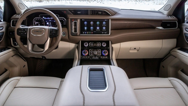 GMC Yukon 2021 - interior