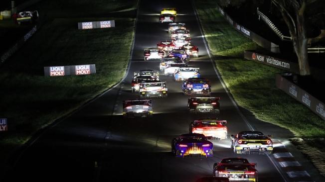 Inscripción de récord para las 12 Horas de Bathurst con 34 coches GT3