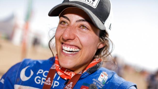 Laia Sanz consigue la cuadratura del círculo en su décimo Dakar