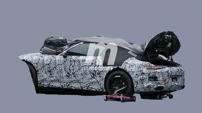 Mercedes SL 2021 - foto espía posterior