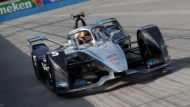 Stoffel Vandoorne y Mercedes lideran la Fórmula E tras su paso por Chile