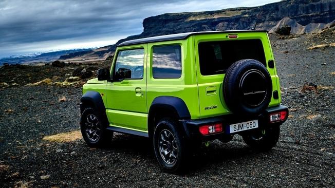 Suzuki Jimny - posterior