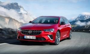 Opel Insignia GSi 2020, la berlina deportiva se pone al día y estrena motor