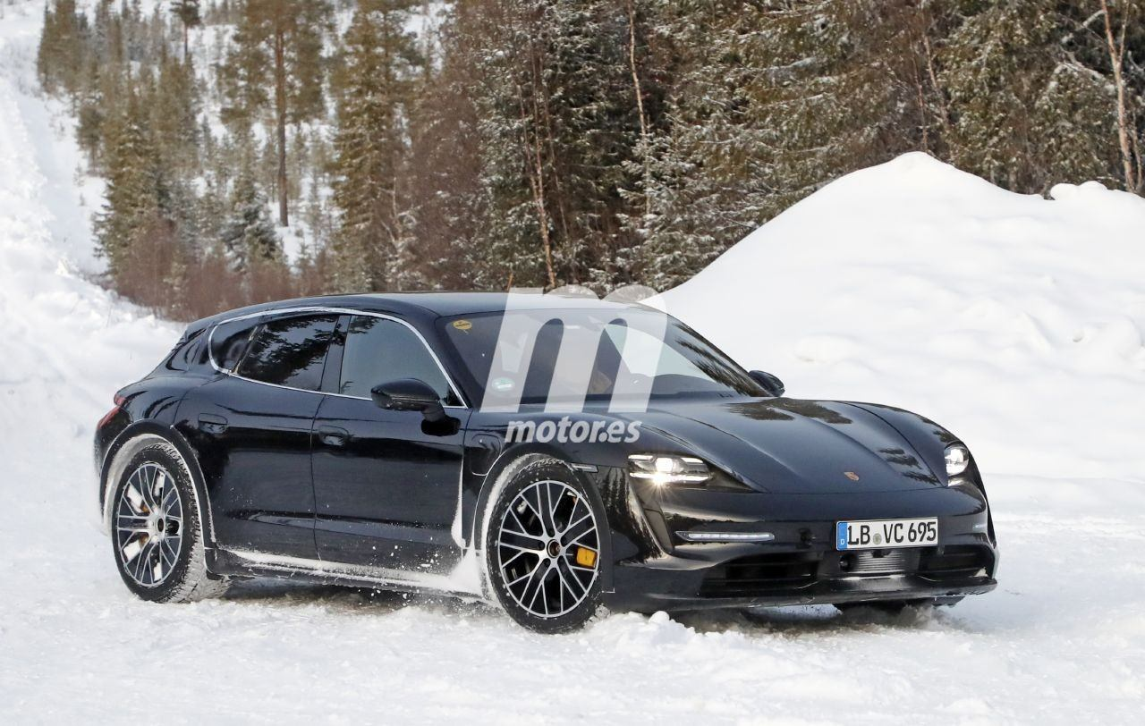 2020 Porsche Taycan | Taycan Sport Turismo 38