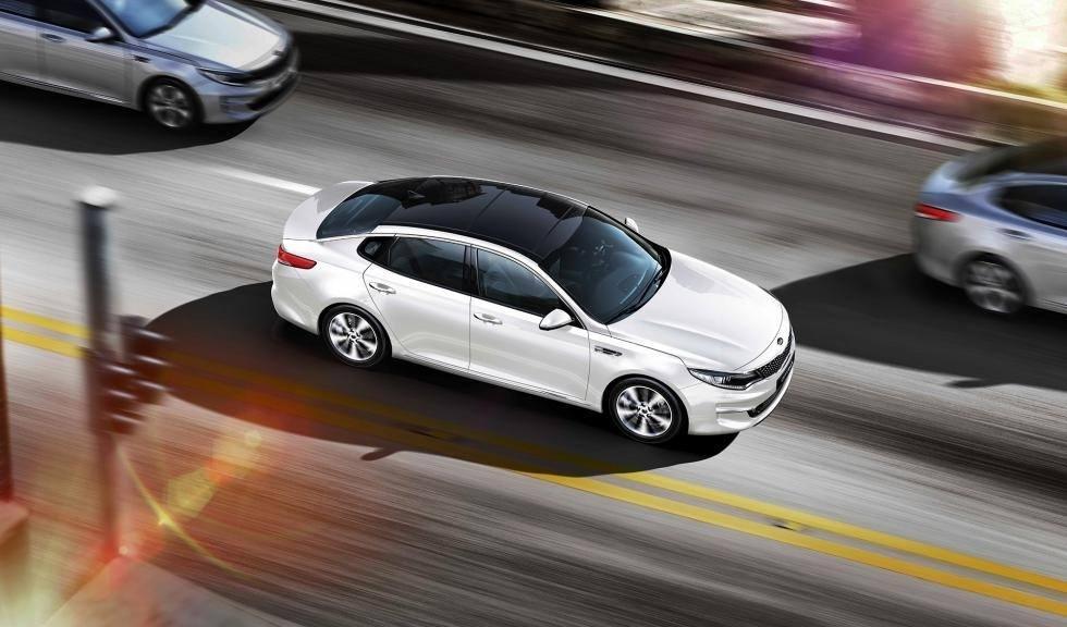 Por qué el renting de un coche híbrido o eléctrico, compensa Renting-coche-hibrido-electrico-compensa-202063981-1578927677_1
