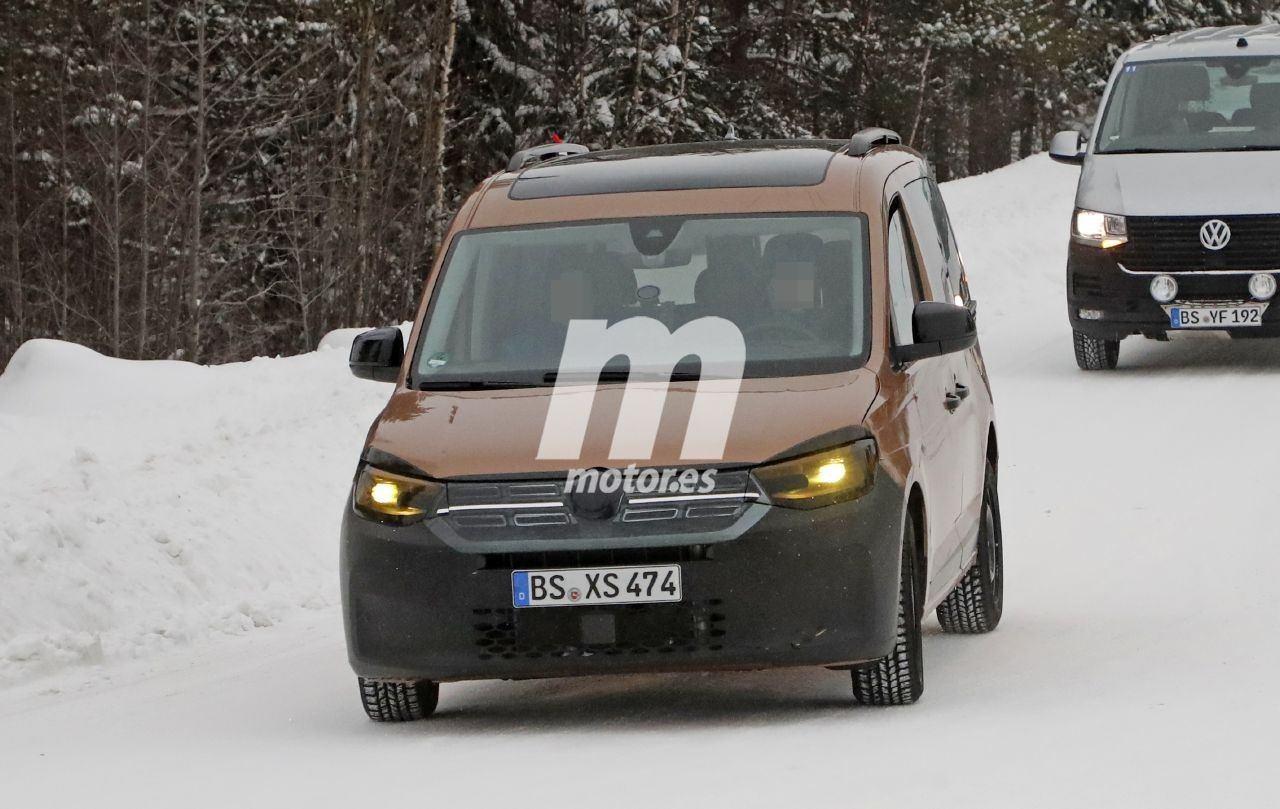 El nuevo Volkswagen Caddy Turismo, ¡al desnudo en sus últimas fotos espía!