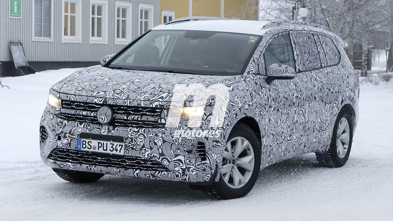 El nuevo monovolumen de Volkswagen para Europa cazado a plena luz del día