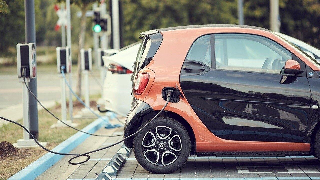 Los beneficios de la carga lenta en los coches eléctricos