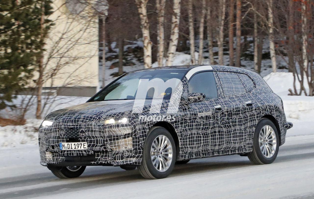 2020 BMW i6/iNEXT/iX8 39