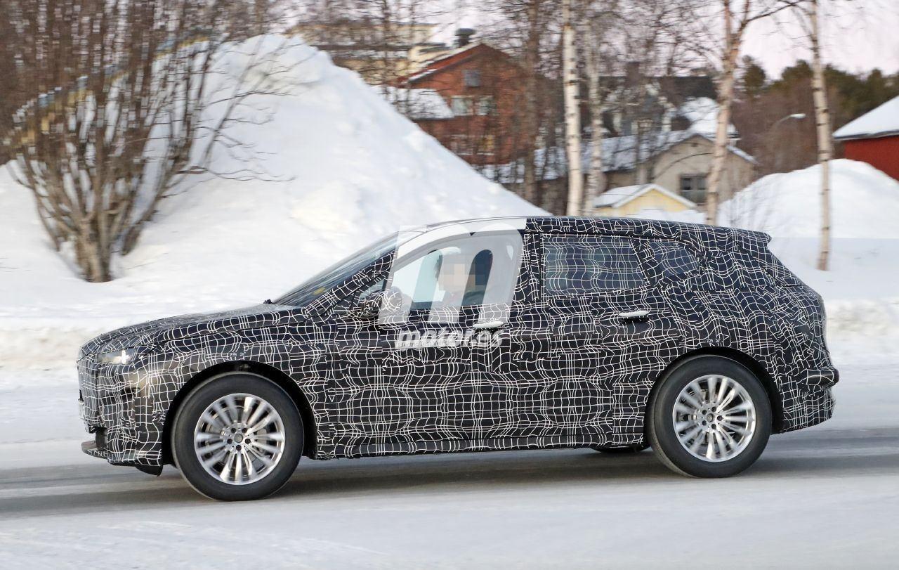 2020 BMW i6/iNEXT/iX8 40