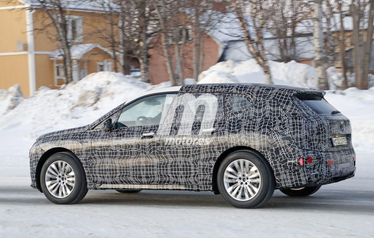 2020 BMW i6/iNEXT/iX8 41