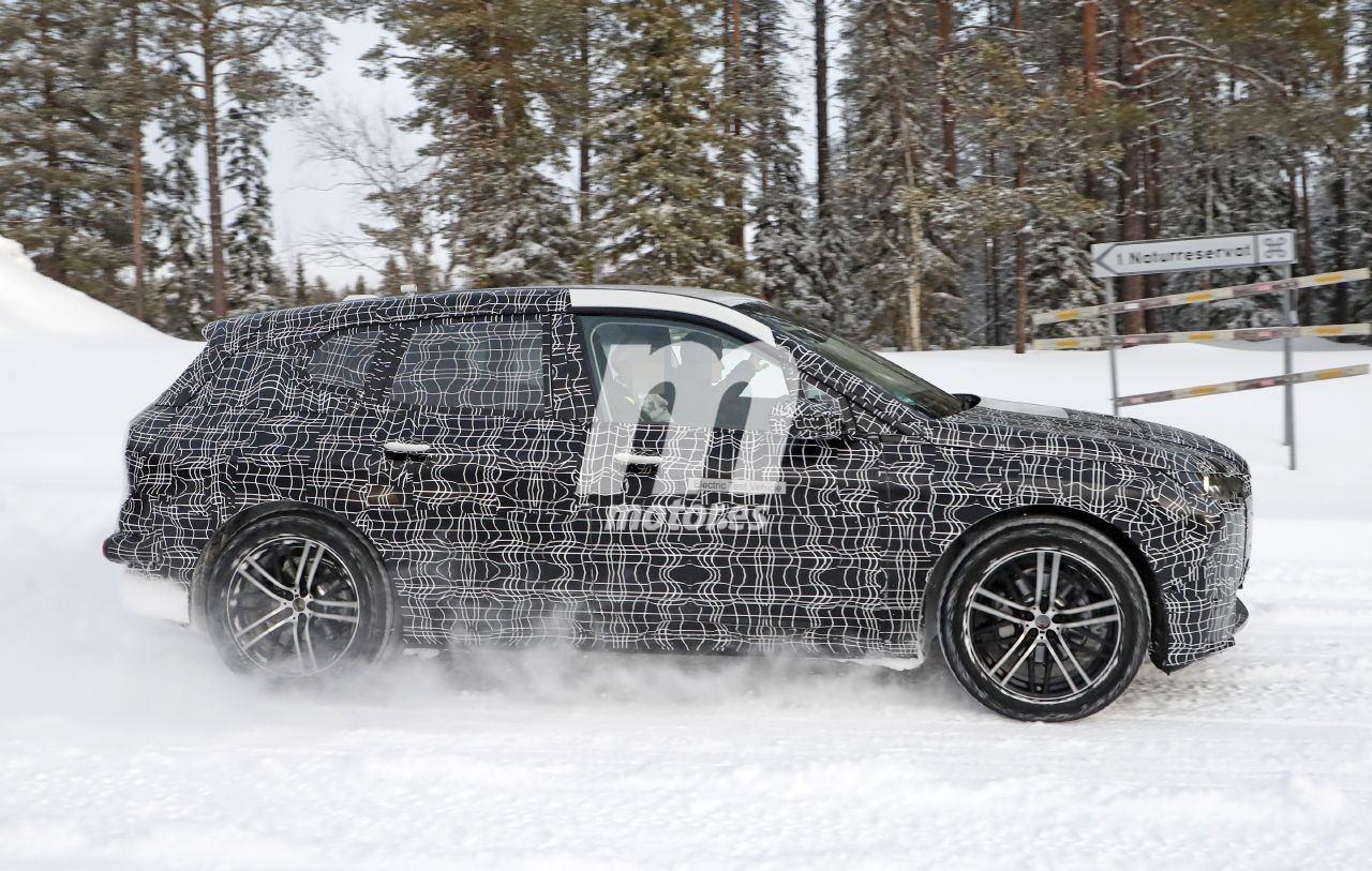 2020 BMW i6/iNEXT/iX8 43