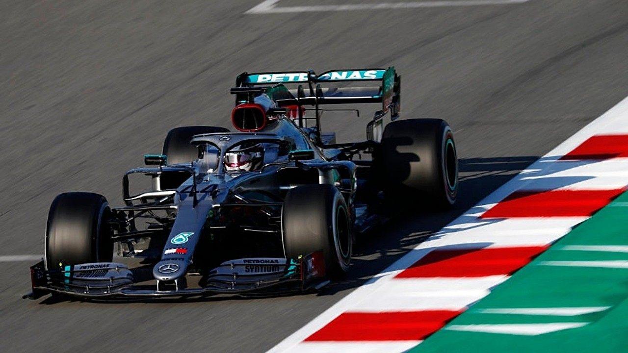 Hamilton se hace con el mejor tiempo en el primer día, inicio sólido de Sainz