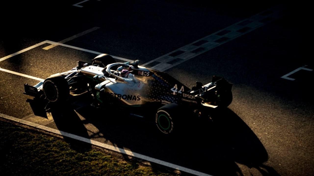 Exhibición de fuerza de Mercedes para cerrar la primera semana de test