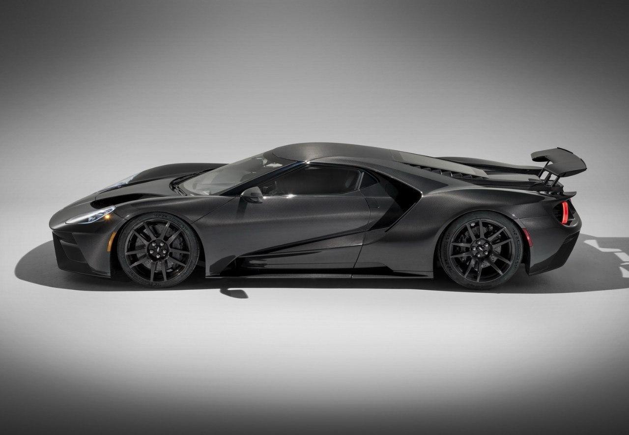 El Ford GT 2020 estrena más potencia y nueva versión de fibra de carbono vista