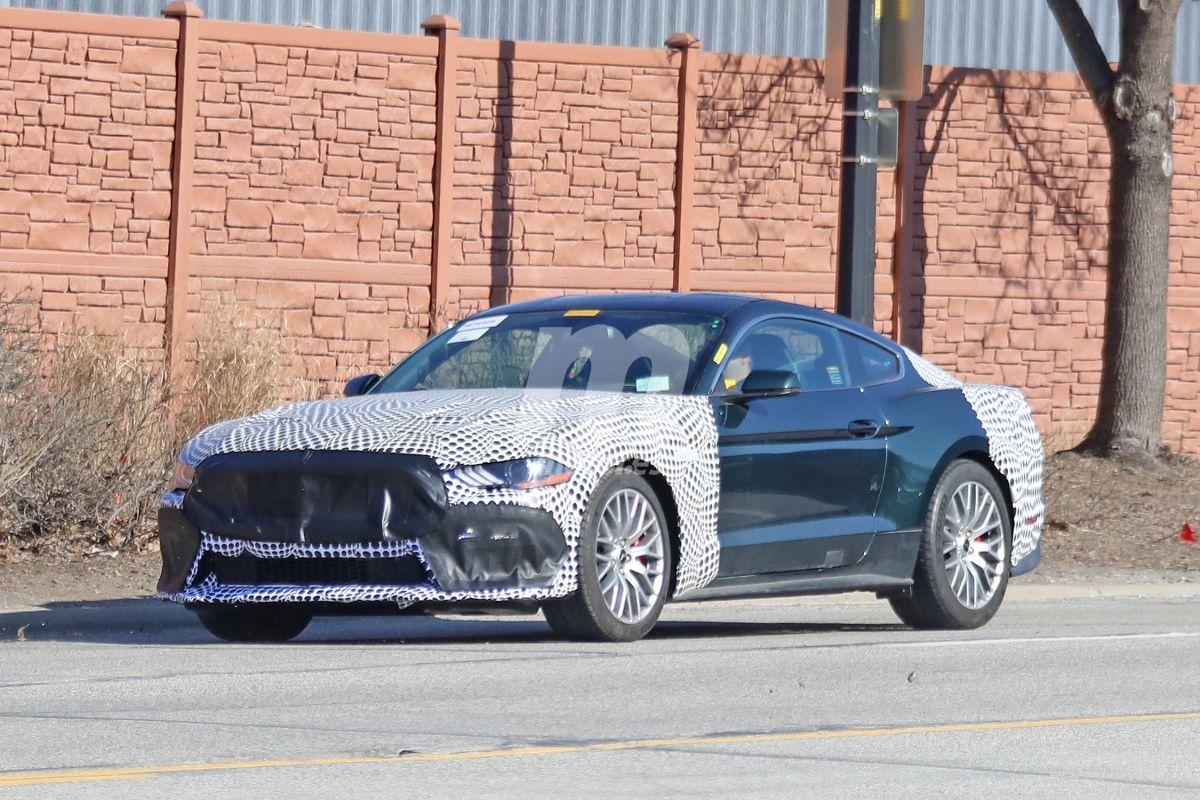 Cazado el futuro Ford Mustang Mach 1 disfrazado de Mustang Bullitt