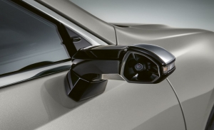 El Lexus ES 300h estrena retrovisores digitales en Ginebra