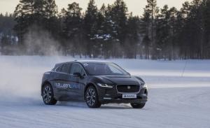 "Magna presenta la tecnología de propulsión ""e4"" especial para coches eléctricos"