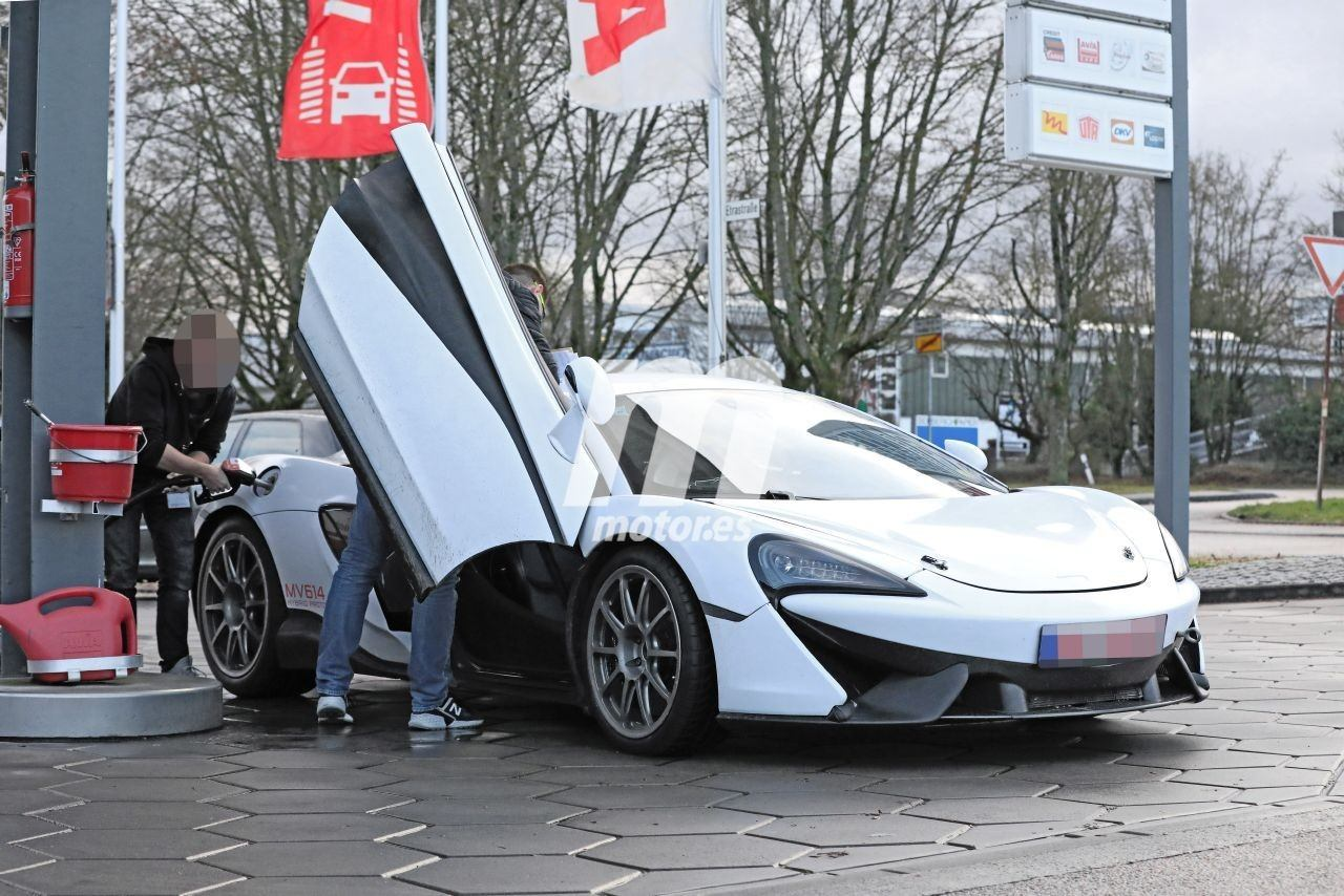 Cazada la mula del nuevo McLaren Sports Series híbrido, que debutará en 2021